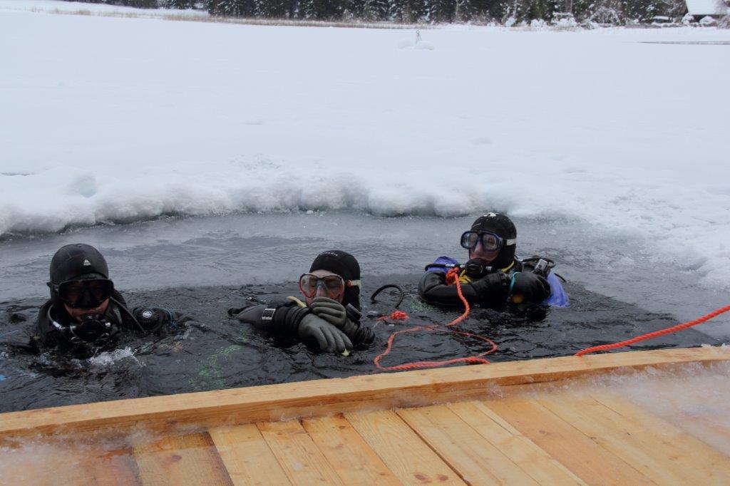 Eistauchen am Weißensee